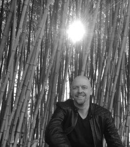 Buteyko Lehrer Volker Schmitz gibt Therapie und Kurs in Klinik in Hamburg, Berlin sowie in Deutschland.